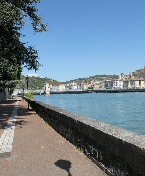 Le long du Rhône