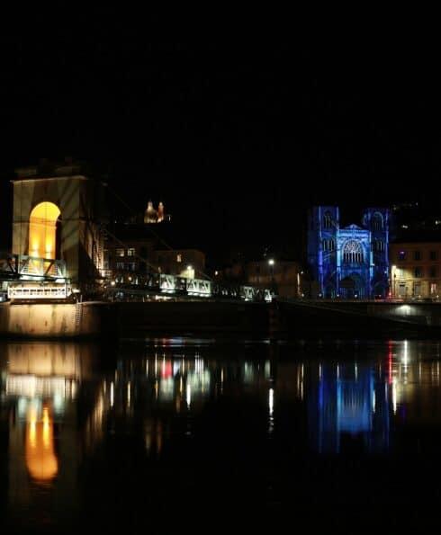 Vienne et le Rhône de nuit